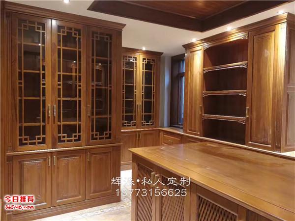 長沙定制實木家具貨期很短、實木博古架、書柜訂做工廠材料
