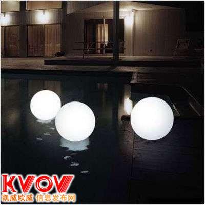 珠海高档会所夜光月亮球七彩夜光引路气球灯水晶月亮球热销中