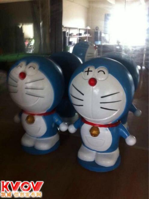 提供各造型小黄,哆啦a梦,机器猫展览展示道具出租
