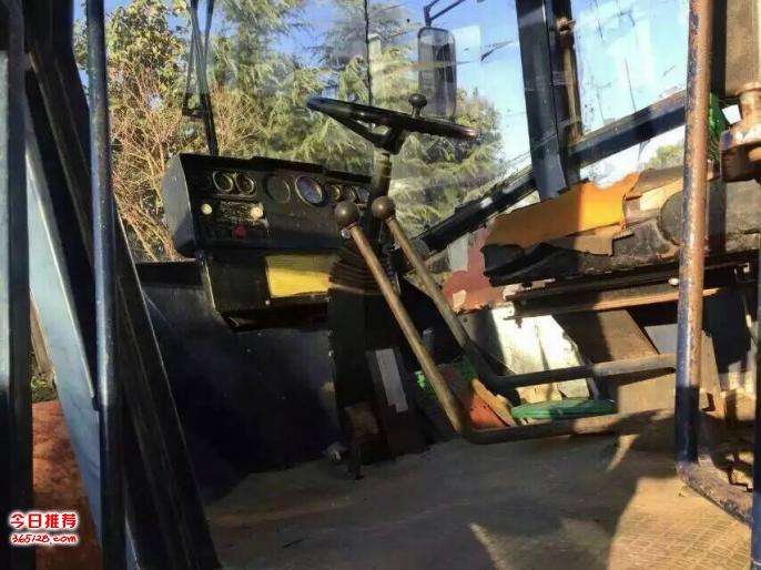 蚌埠二手吊车、二手推土机,二手进口挖掘机回收