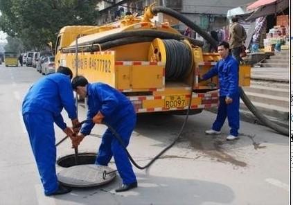 武汉工业园集污池清淤