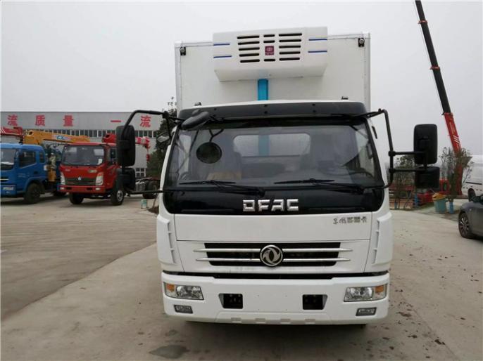 10吨东风5.2米多利卡冷藏车价格,厂家便宜出售