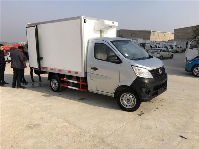 长安小型1吨左右国五冷藏车,汽油款,适合短途运输,便宜价