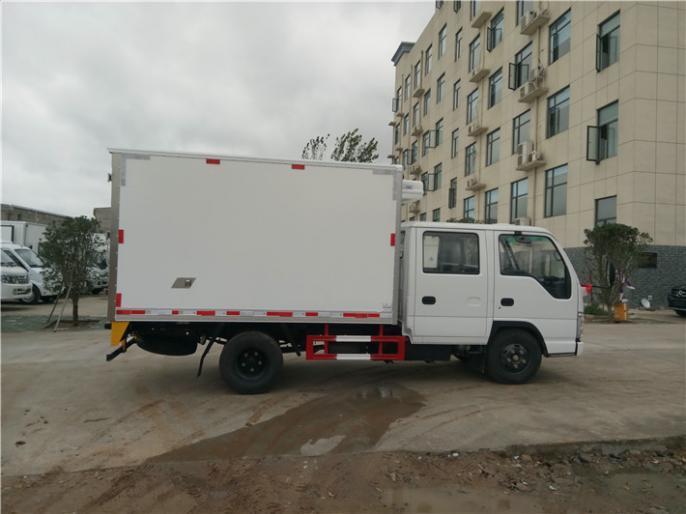 庆铃双排3.15米柴油款国五冷藏车便宜卖,工厂价出售中