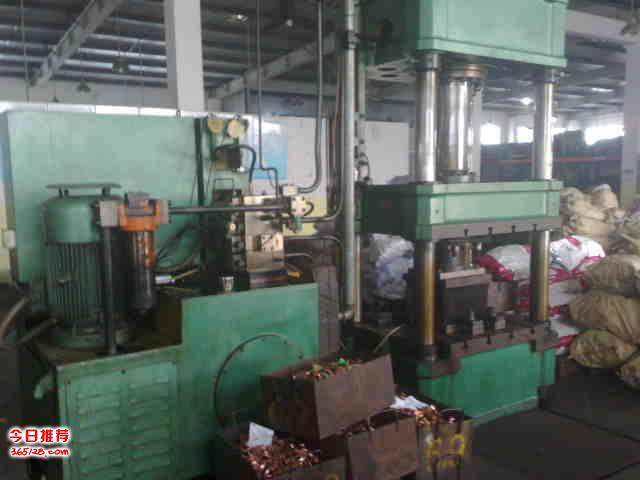 上海专业回收压铸机,二手注塑机回收,回收锅炉