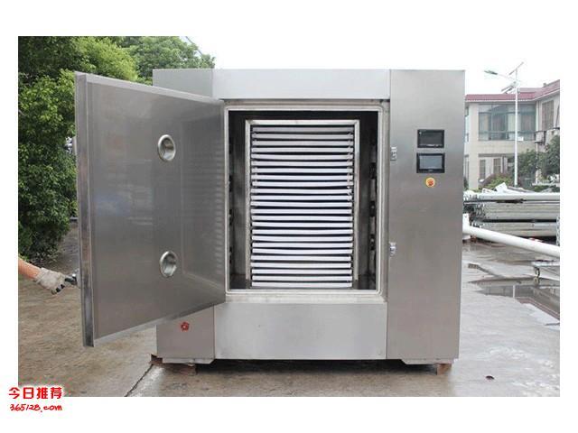 厂家长期生产电机烘箱,箱式干燥机,微波箱式杀菌机