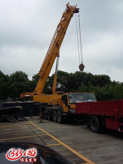 机械设备的吊装,移位,运输等一条龙服务.图片
