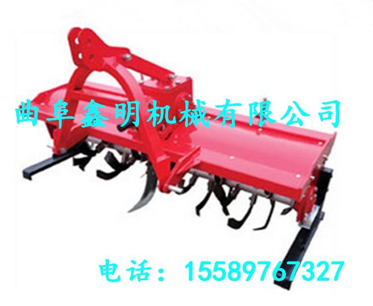 整台机器采用独立分动箱输出系统,标准三点式悬挂,与多种农用机具完美