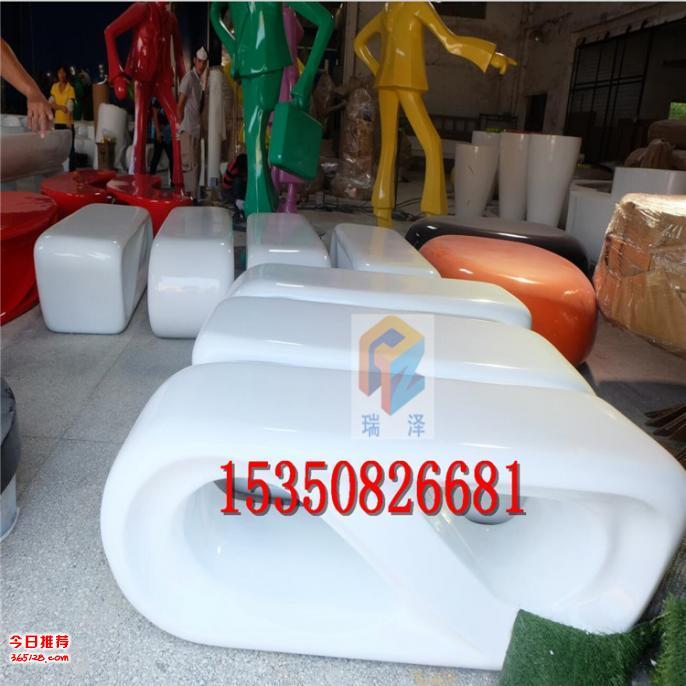幼儿园塑料瓶手工花盆汽车
