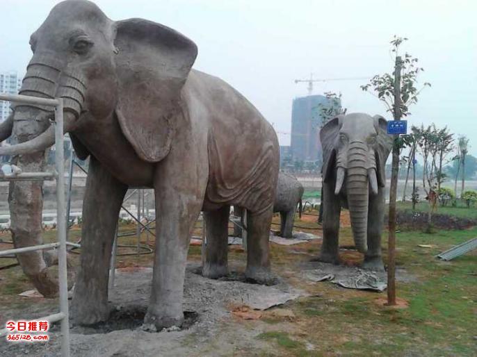 赣州园林景观小品逼真假山雕塑水泥制品仿木系列